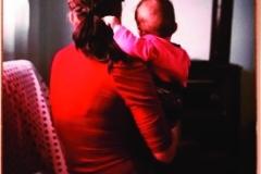 Photo LORENZO PESCE, Madonna With Child Backturned (Vierge à l'Enfant tournés de dos).